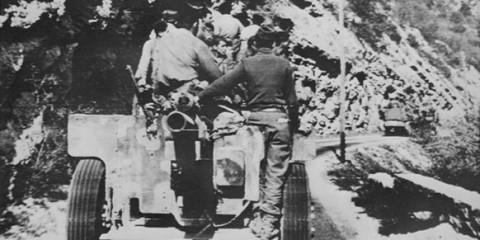 De nombreuses petite Task Force tel que la Task Force Butler sont envoyés au nord à travers les montagnes, rappelant étrangement la géographie de l'italie aux hommes de la Texas.