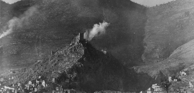 Castle Hill (la colline du château), objectif du 100th Battalion dans la bataille de Monte Cassino